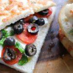 Foccacia_mozzarella_tomaat